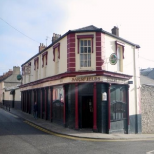 Sarsfields Bar - Robbed and Lynched @ Sarsfields Bar and Lounge | Drogheda | County Louth | Ireland